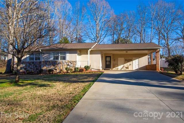 615 Crestridge Road, Statesville, NC 28677 (#3695690) :: MartinGroup Properties