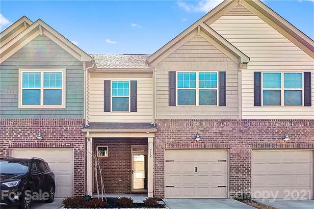 332 Kennebel Place, Fort Mill, SC 29715 (#3699014) :: Home and Key Realty