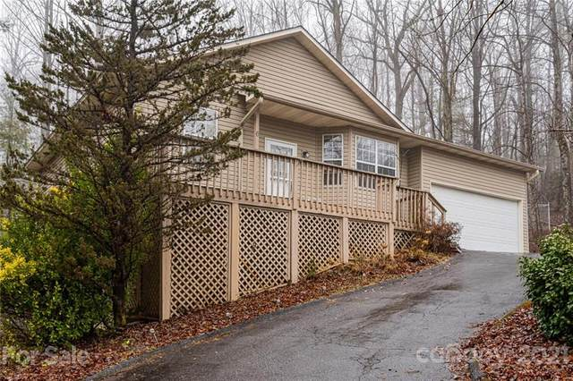 6 Spicewood Court, Flat Rock, NC 28731 (#3707625) :: Lake Wylie Realty