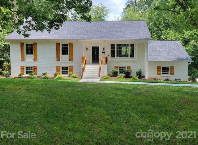 3101 Brookridge Lane, Charlotte, NC 28211 (#3713237) :: Puma & Associates Realty Inc.