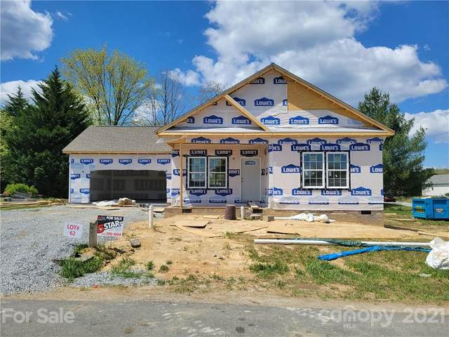 506 Riverwind Drive, Hendersonville, NC 28739 (#3718798) :: Keller Williams Professionals