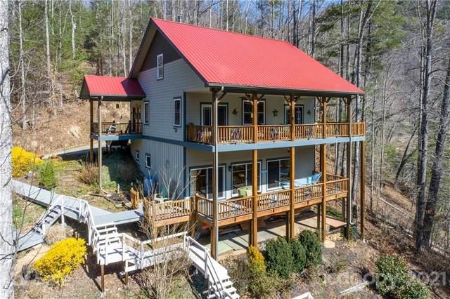 540 Bello Lago Lane, Tuckasegee, NC 28783 (#3720874) :: Rowena Patton's All-Star Powerhouse