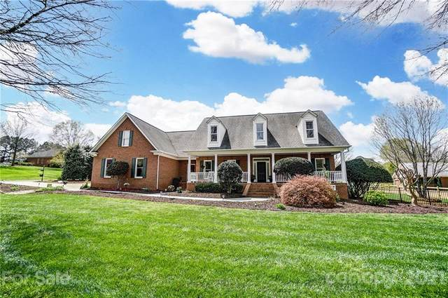 7000 High Meadow Drive, Weddington, NC 28104 (#3723158) :: SearchCharlotte.com
