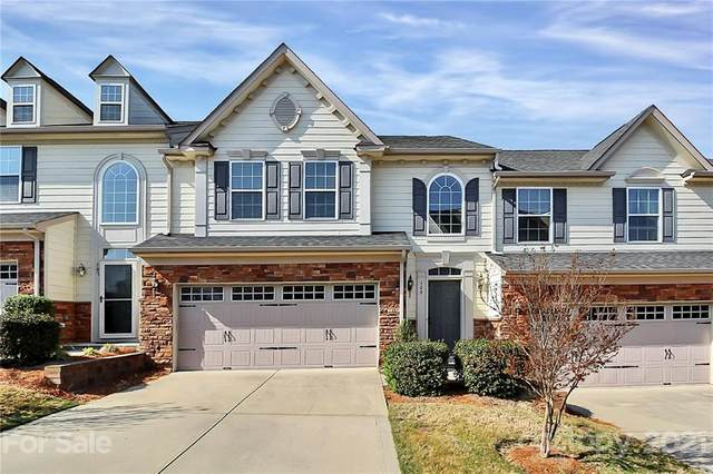 109 Inlet Point Drive, Tega Cay, SC 29708 (#3723549) :: SearchCharlotte.com