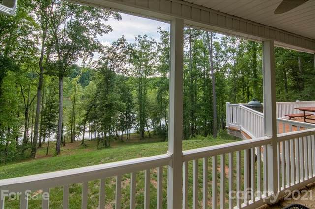 224 Blue Water Drive, Statesville, NC 28677 (#3728058) :: The Premier Team at RE/MAX Executive Realty