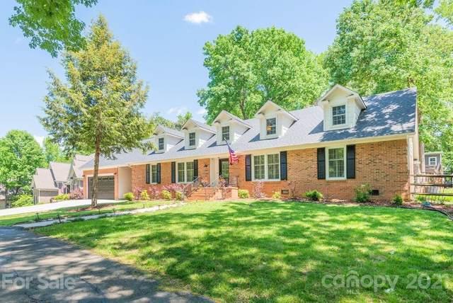 6123 Lake Providence Lane, Charlotte, NC 28277 (#3732478) :: SearchCharlotte.com