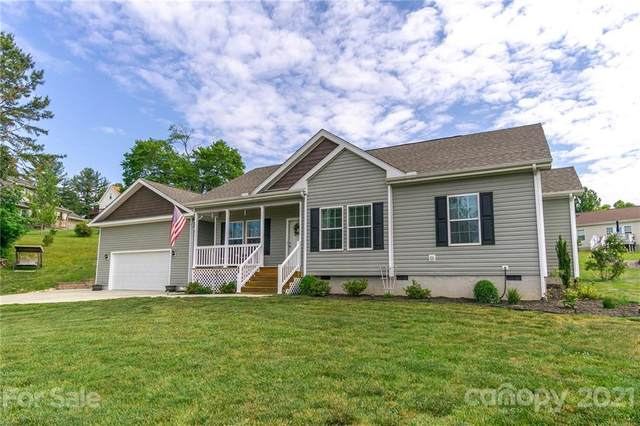 48 Scenic Ridge Drive, Hendersonville, NC 28792 (#3744928) :: Carlyle Properties
