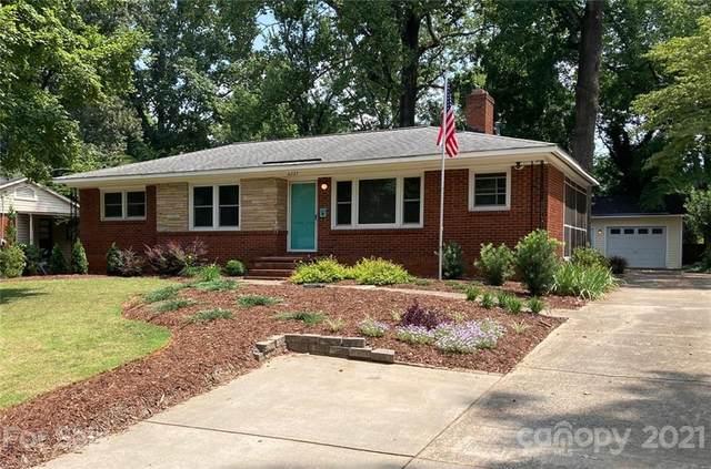 6227 Netherwood Drive, Charlotte, NC 28210 (#3746839) :: Homes Charlotte
