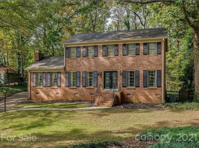 6130 Carriagehouse Lane, Charlotte, NC 28226 (#3757021) :: LePage Johnson Realty Group, LLC
