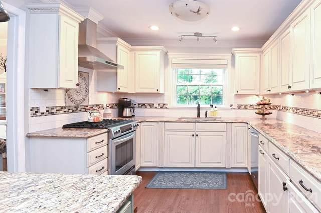 7729 Bedfordshire Drive, Charlotte, NC 28226 (#3758619) :: Robert Greene Real Estate, Inc.