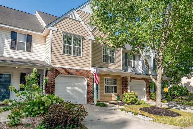9732 Elizabeth Townes Lane, Charlotte, NC 28277 (#3762085) :: LePage Johnson Realty Group, LLC