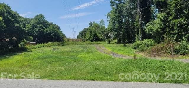 10515 Rozzelles Ferry Road, Charlotte, NC 28214 (#3764459) :: Carver Pressley, REALTORS®