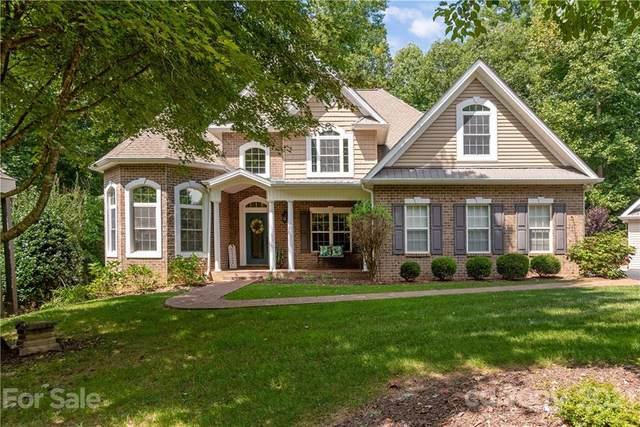 53 Kanuga Forest Drive, Hendersonville, NC 28739 (#3772467) :: Home Finder Asheville