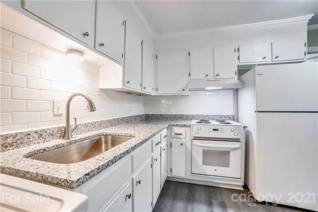 406 Edgegreen Drive, Charlotte, NC 28217 (#3782795) :: Homes Charlotte