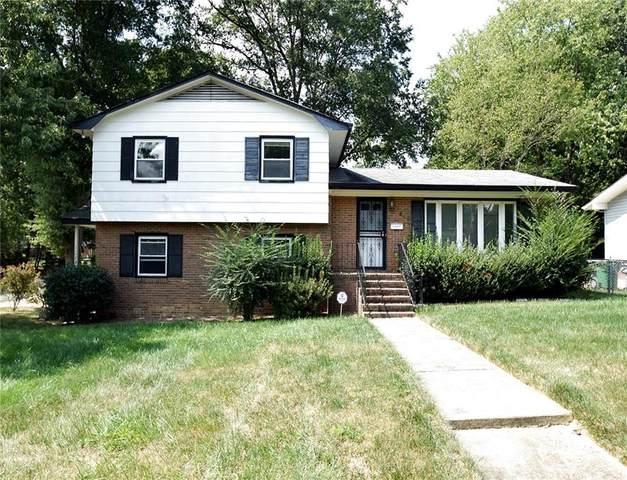 6301 Spring Garden Lane, Charlotte, NC 28213 (#3783056) :: Besecker Homes Team