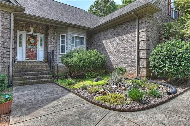 8700 Willhill Road, Mint Hill, NC 28227 (#3783099) :: Briggs American Homes