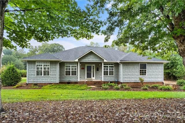 8303 Pine Lake Road, Denver, NC 28037 (#3786215) :: Scarlett Property Group