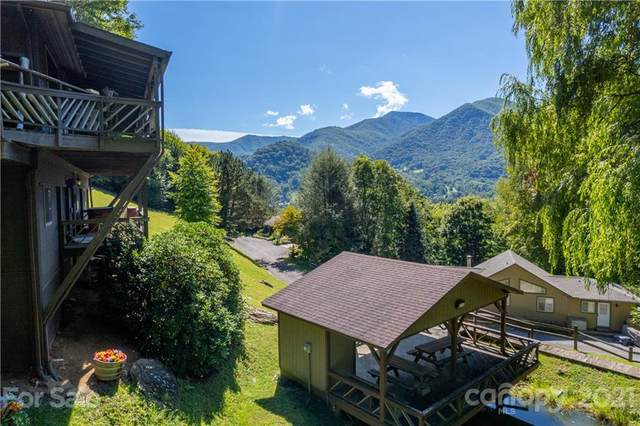 330 Valley Creek Drive, Maggie Valley, NC 28751 (#3787156) :: Homes Charlotte