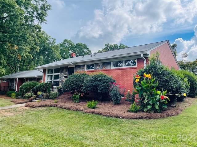 4639 Woodlark Lane, Charlotte, NC 28211 (#3787408) :: The Petree Team