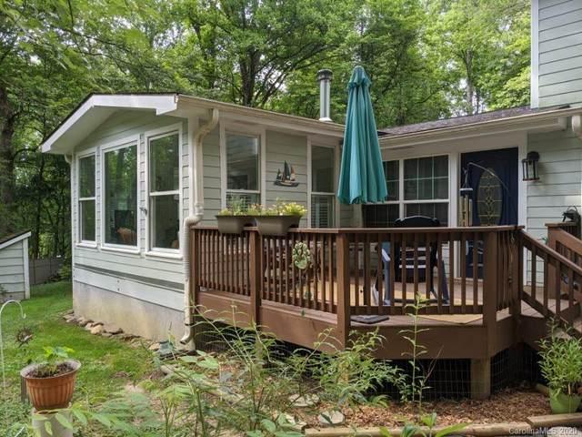 700 Owensby Road, Hendersonville, NC 28792 (#3622064) :: Wilkinson ERA Real Estate