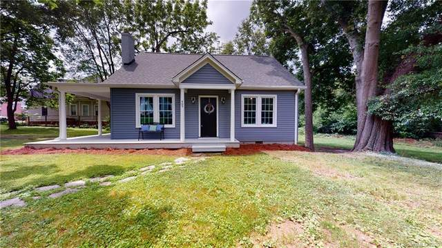 405 Battleground Road, Lincolnton, NC 28092 (#3628922) :: Carlyle Properties