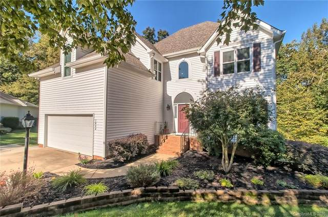 1832 Cloudburst Drive, Matthews, NC 28105 (#3667877) :: High Performance Real Estate Advisors