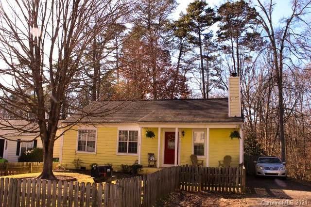 5919 Running Deer Road, Charlotte, NC 28214 (#3698417) :: BluAxis Realty