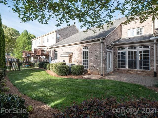 6412 Union Station Court, Charlotte, NC 28210 (#3730414) :: BluAxis Realty