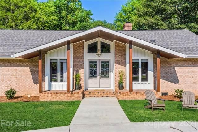 5400 Camilla Drive, Charlotte, NC 28226 (#3736795) :: Besecker Homes Team