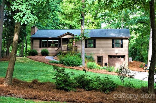 102 Riverwood Road, Mooresville, NC 28117 (#3744671) :: BluAxis Realty