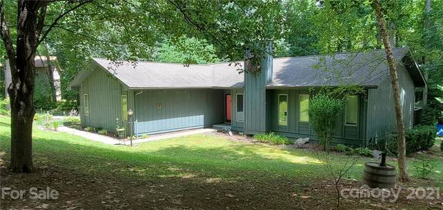 135 Shelly Drive, Hendersonville, NC 28792 (#3748629) :: MartinGroup Properties
