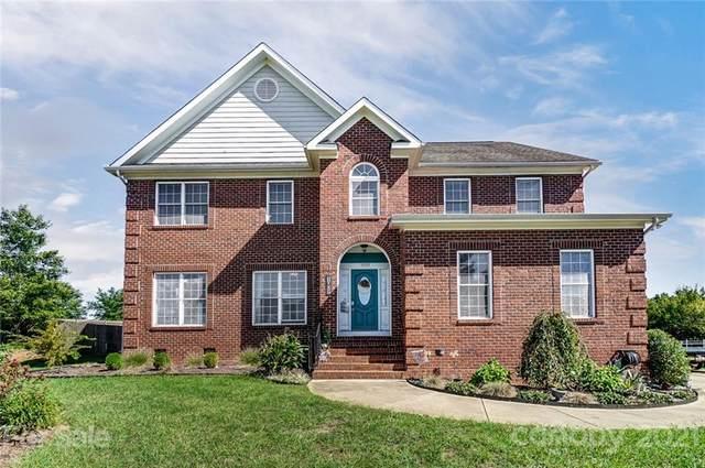 1009 Kings Grant Way, Matthews, NC 28104 (#3789483) :: High Performance Real Estate Advisors
