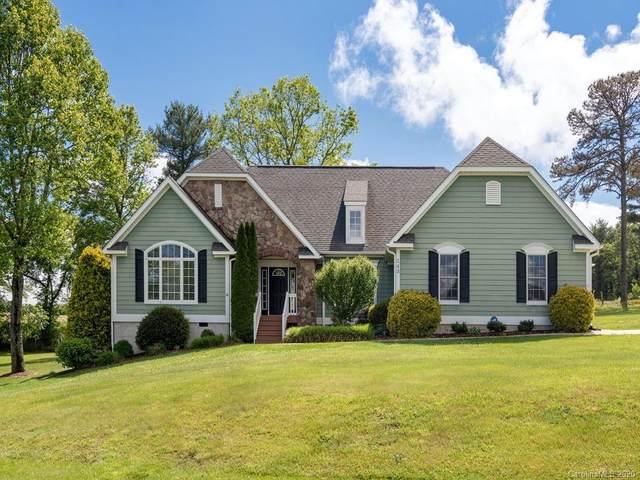 143 Lewis Creek Drive, Hendersonville, NC 28792 (#3606037) :: Puma & Associates Realty Inc.