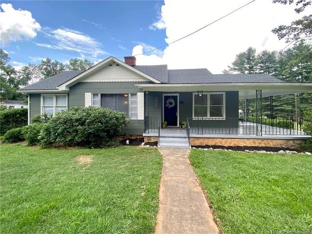 824 Brown Avenue, Waynesville, NC 28786 (#3626108) :: Charlotte Home Experts