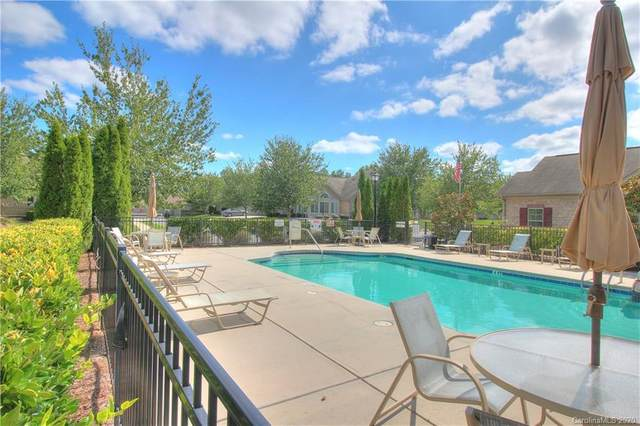 2411 Coltsview Lane, Matthews, NC 28105 (#3660559) :: Carolina Real Estate Experts