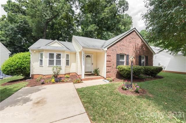 3425 Covington Oaks Drive, Charlotte, NC 28205 (#3758718) :: LePage Johnson Realty Group, LLC