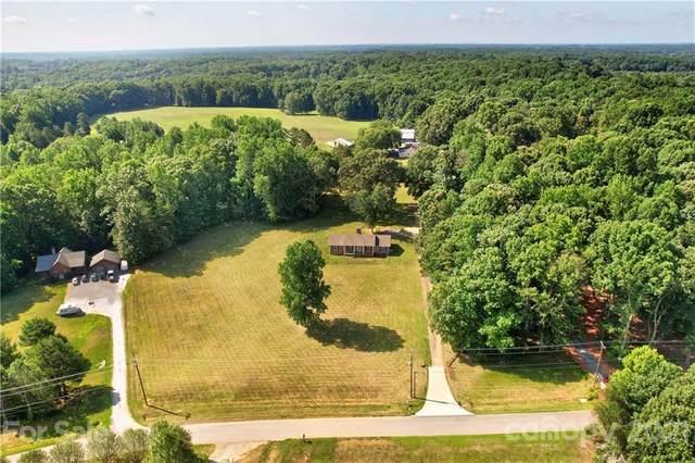 212 Eastport Lane, Mooresville, NC 28115 (#3761228) :: MartinGroup Properties