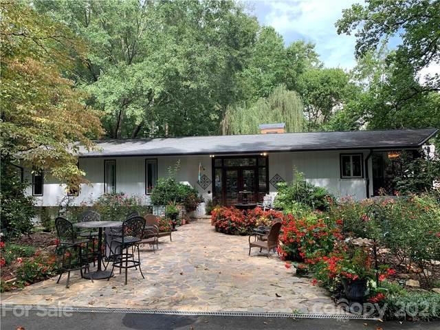 4921 Hardison Road, Charlotte, NC 28226 (#3780400) :: Besecker Homes Team