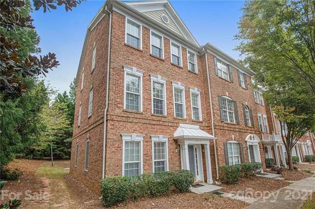 10315 Winslet Drive, Charlotte, NC 28277 (#3783888) :: Carver Pressley, REALTORS®