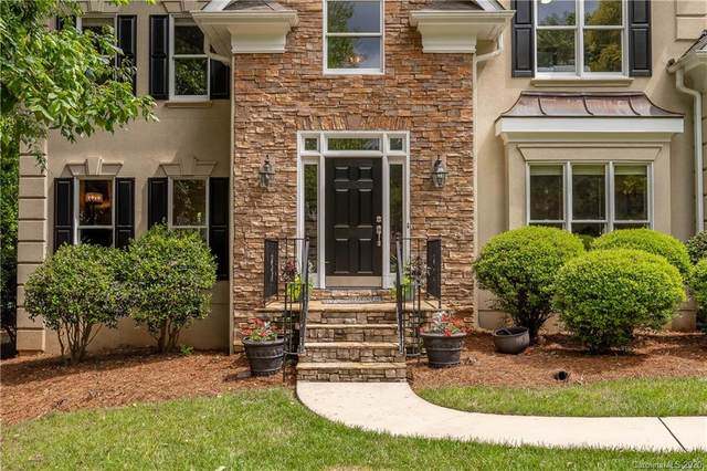 18624 Town Harbour Road, Cornelius, NC 28031 (#3624264) :: BluAxis Realty