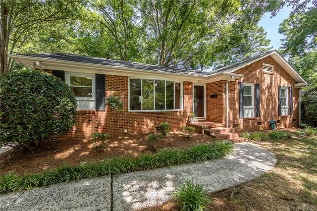 909 Camborne Place, Charlotte, NC 28210 (#3652547) :: Homes Charlotte
