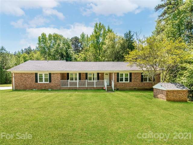 16101 Youngblood Road, Charlotte, NC 28278 (#3703297) :: BluAxis Realty