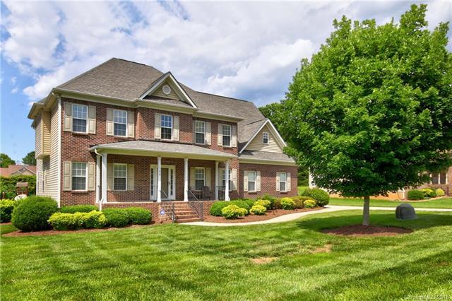 198 Catalina Drive, Mooresville, NC 28117 (#3369645) :: Exit Mountain Realty