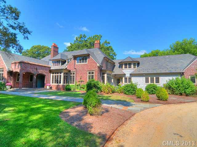 900 Huntington Park Drive, Charlotte, NC 28211 (#2077404) :: High Performance Real Estate Advisors