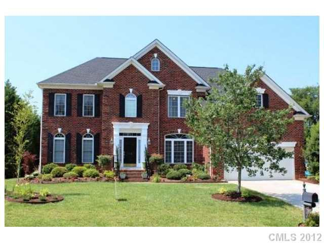 612 Queenswater Lane, Waxhaw, NC 28173 (#2086986) :: High Performance Real Estate Advisors
