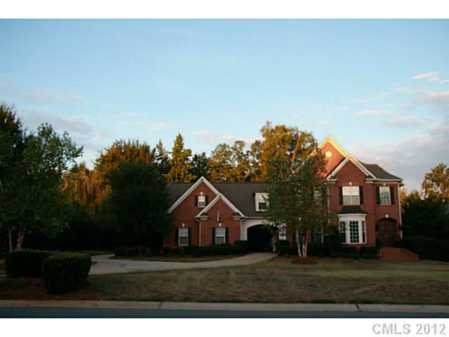 8825 Man Of War Drive, Waxhaw, NC 28173 (#2090364) :: High Performance Real Estate Advisors