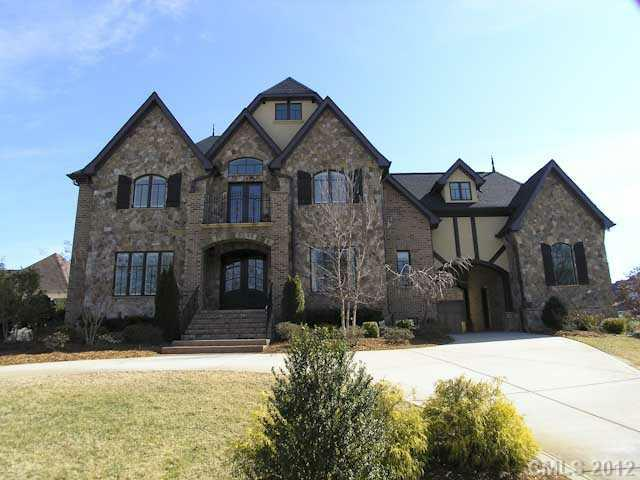 2100 Climbing Rose Lane, Weddington, NC 28104 (#2092850) :: High Performance Real Estate Advisors