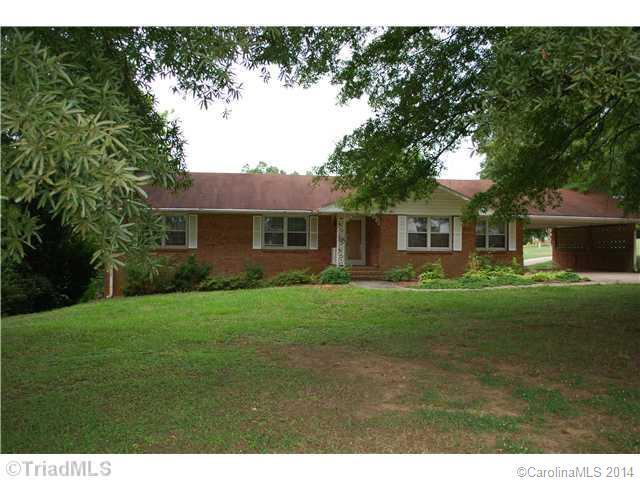 1827 N 601 Highway, Mocksville, NC 27028 (#3037071) :: Miller Realty Group