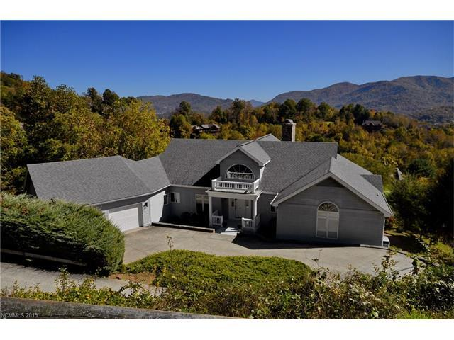 600 Laurel Ridge Drive, Waynesville, NC 28786 (#3124365) :: LePage Johnson Realty Group, LLC