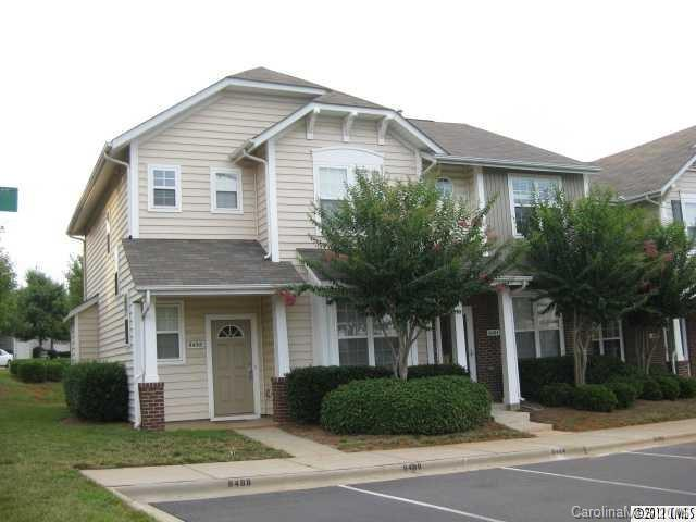8484 Chaceview Court, Charlotte, NC 28269 (#3142227) :: LePage Johnson Realty Group, LLC